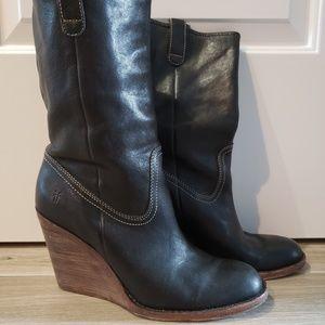 Frye Wedge Caroline boot